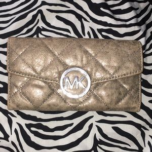 Michael Kors Quilted wallet